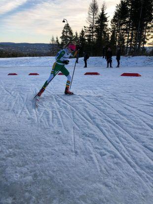 Eline gikk et meget godt skøyterenn - Ungdommens Holmenkollrenn 2020