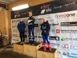 Johanna på pallen J15 Eiker Ski 2020